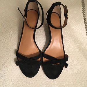 EUC almost new j. Crew kitten wedge